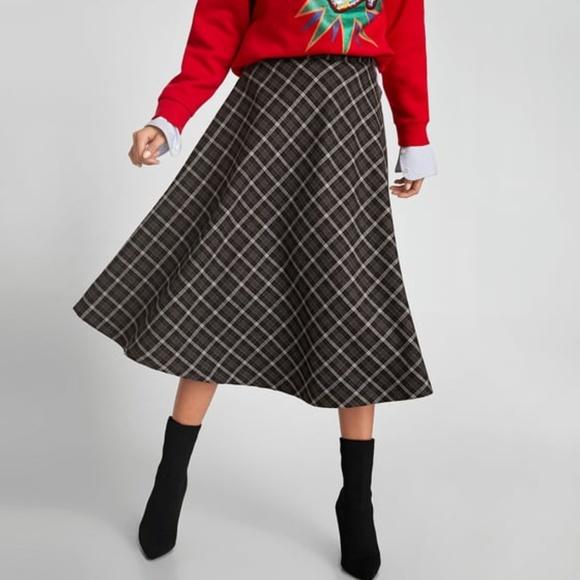 dd3df5bb5b Zara Skirts   Woman Plaid Checked Midi Skirt Size Medium   Poshmark